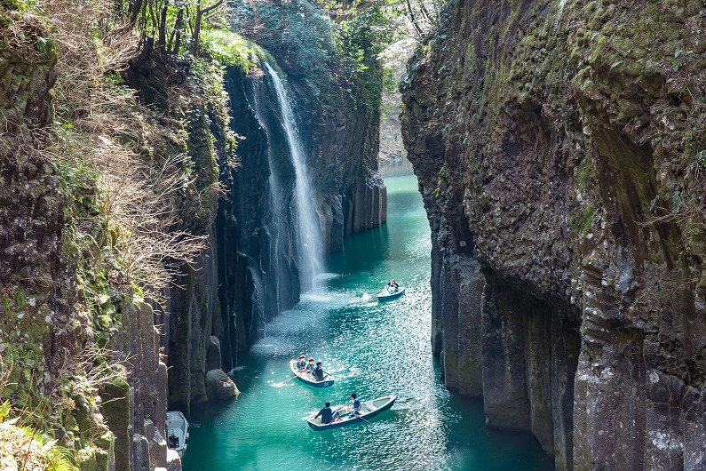 April 23rd, 2019  Information regarding the closing of the Takachiho gorge rental boat service due to a safety inspection